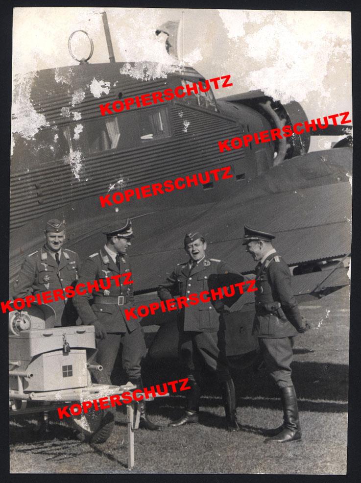 Raritaet-Rote-Ju-52-D-2527-Manfred-von-Richthofen-Meier-Luftwaffe