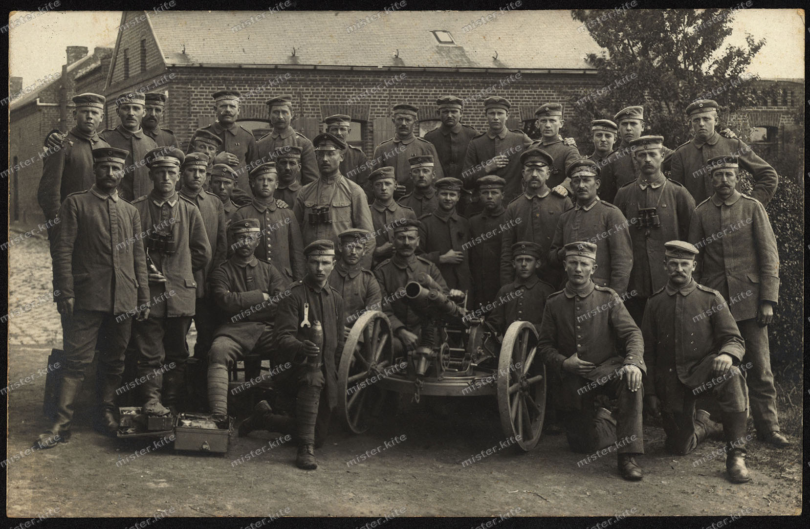 Foto-AK-Res.-Inf-Regt. 247-Minenwerfer-Abteilung-Feldpost-Ancre-1918-1WK-